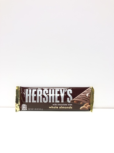 Hershey´s Milk Chocolate Almond Bar 41g